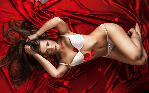 Valentine's Day Master Plan: Have A Hot Lovemaking With Her