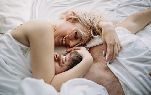 http://members.personallifemedia.com/wp-content/uploads/2017/08/couple-lying-on-the-bed.jpg