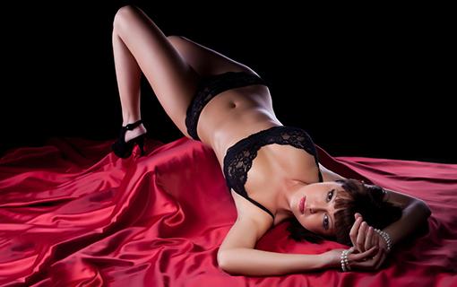 https://members.personallifemedia.com/wp-content/uploads/2017/11/Beautiful-young-woman-lying-on-silk-sheet.jpg