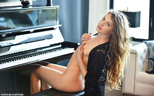 https://members.personallifemedia.com/wp-content/uploads/2018/02/naked-in-front-of-piano.jpg