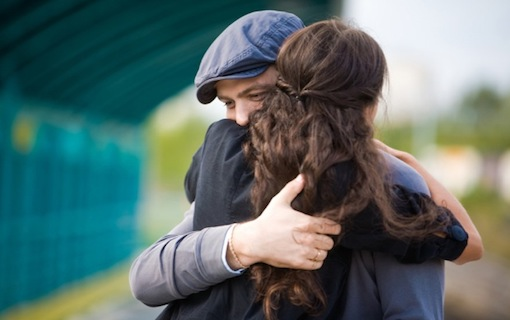 http://members.personallifemedia.com/wp-content/uploads/2018/03/Sweet-Hugging-Couple.jpg