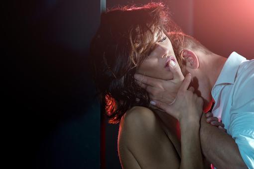https://members.personallifemedia.com/wp-content/uploads/2020/11/Hot-Couple.jpg