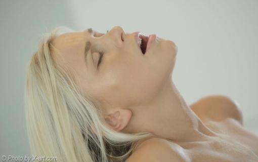 https://members.personallifemedia.com/wp-content/uploads/2021/08/Girl-In-Orgasm.jpg